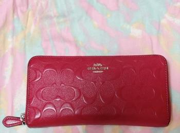 【20代女子の愛用財布】私の愛用お財布は『COACH』の長財布♡
