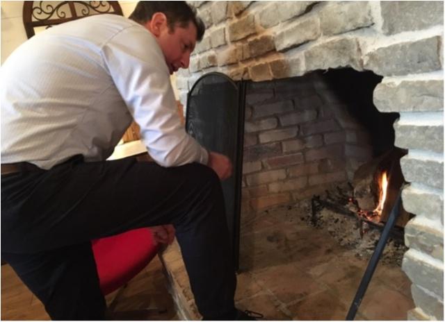 赤を着てでかけよう❤️暖炉のあるカフェであったかランチ。_11