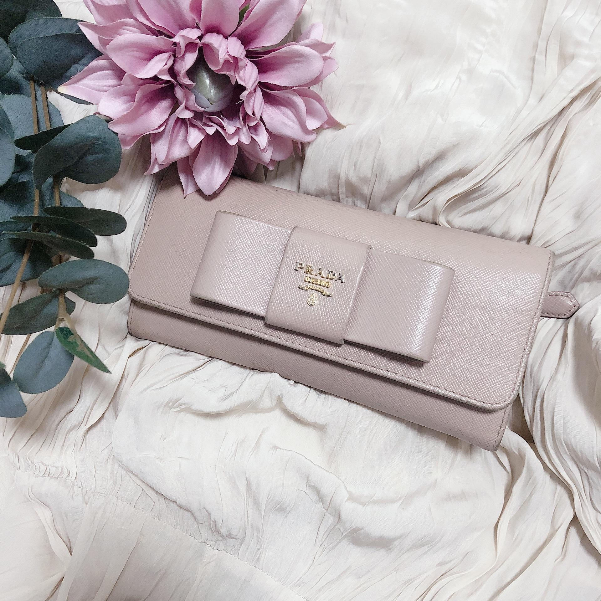 【20代女子の愛用財布】わたしは王道の《 PRADA 》の長財布!!❤︎❤︎_1