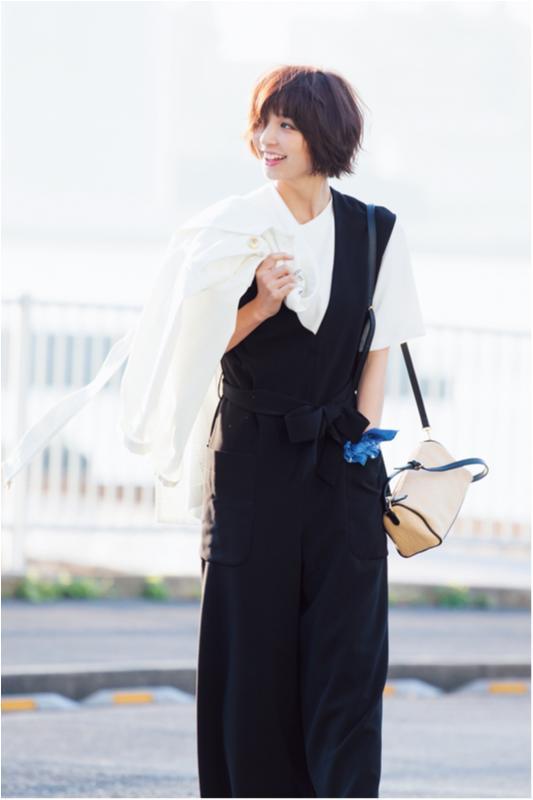【今日のコーデ/篠田麻里子】爽やかにアレンジしたい火曜日は白Tシャツを取り入れて。_1