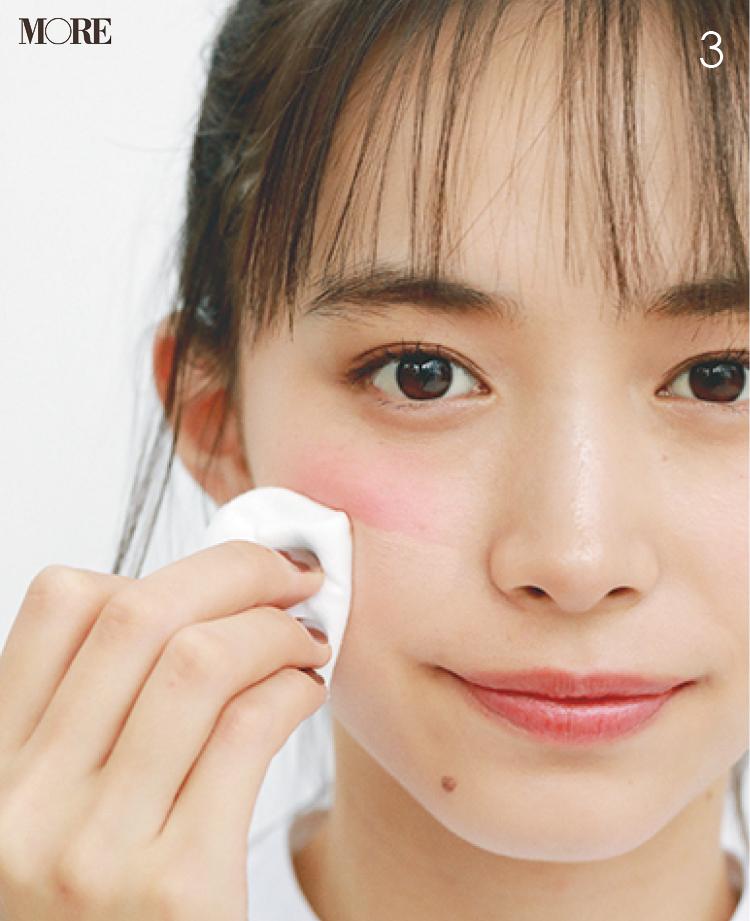 チークの入れ方【2020最新】- 顔型別の塗り方、リップと合わせる春の旬顔メイク方法まとめ_9