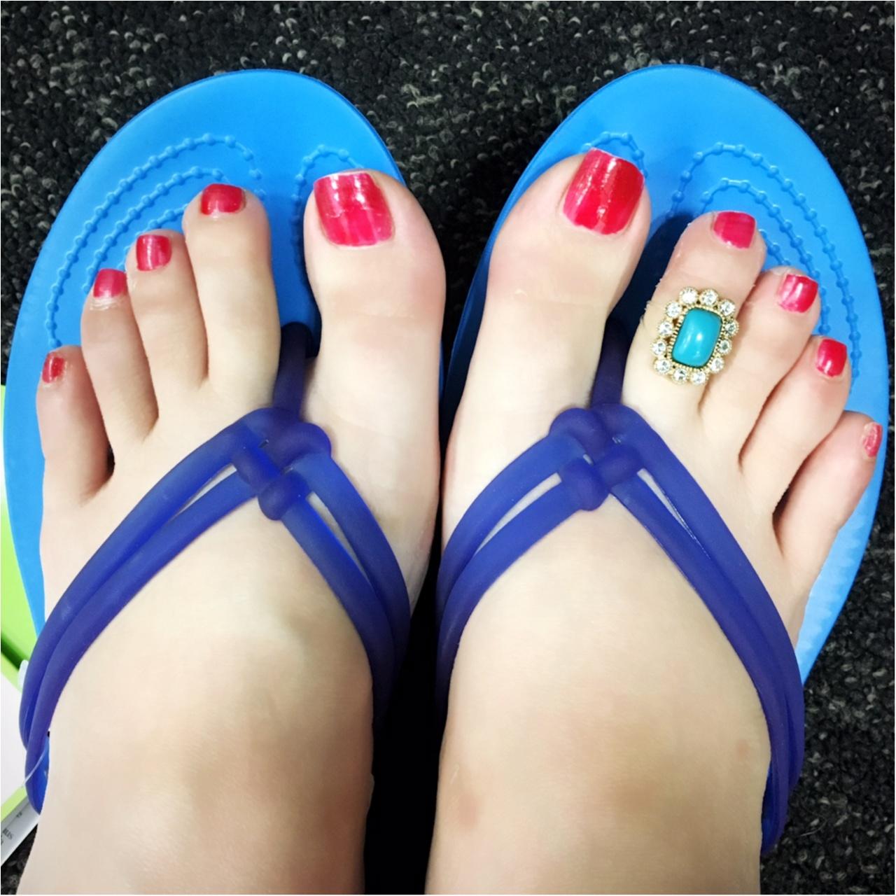"""夏の足もと、ペディキュアだけでいいの? 『Floats!』のトゥーリングであなたも""""トゥーラー""""になっちゃおう♡_3_3"""