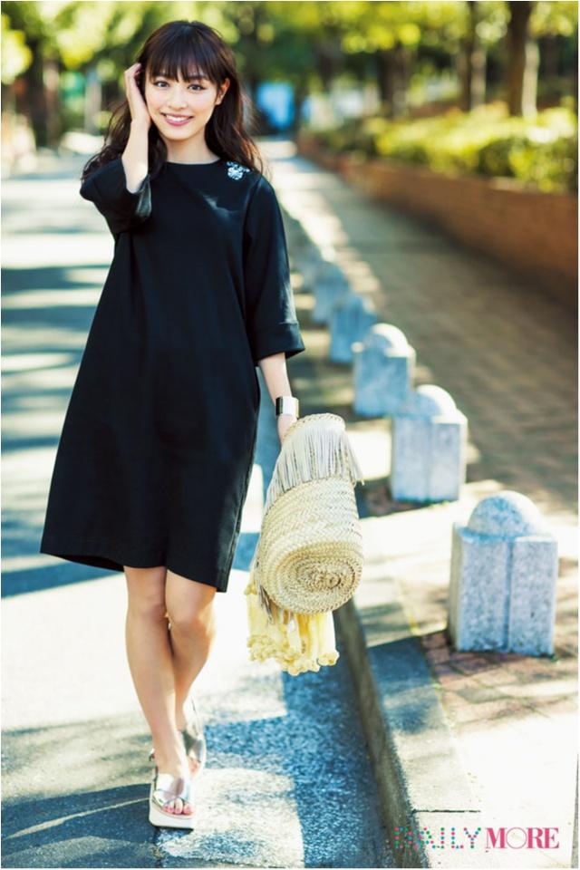 【今日のコーデ/内田理央】夜デートの予定がある水曜日は黒ワンピを可愛く着る♡_1