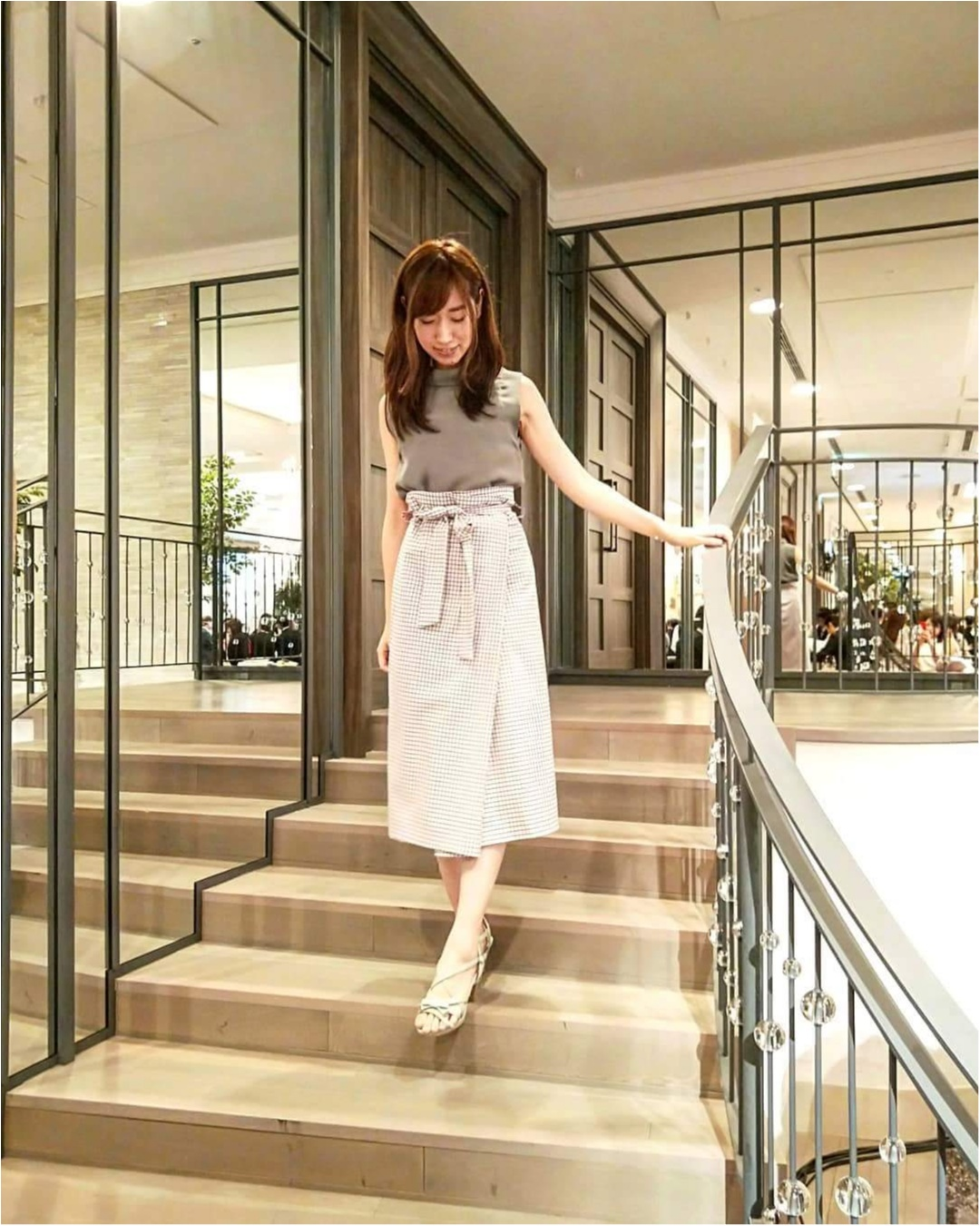 【ZARAセール】チェック柄ラップスカートが1000円台!ハイウエストデザインがお気に入り!_1
