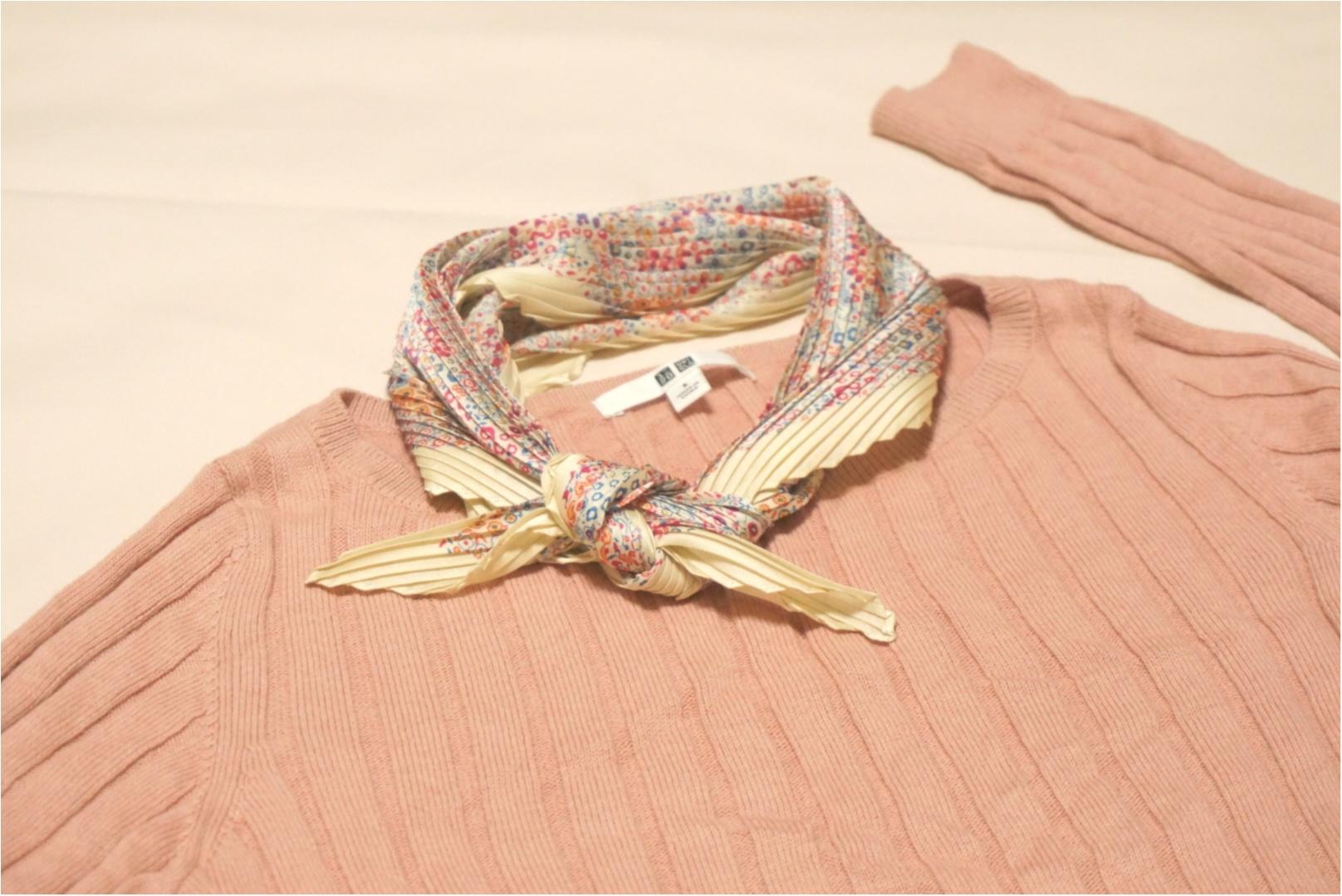 《もうGETした?》春に向けて手に入れたい‼︎プチプラなのに高見えな『シルキープリーツスカーフ』が【ユニクロ】で590円✨_2