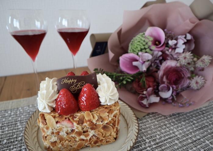 予約必須!あの銀座マキシムの《苺のミルフィーユ》を食べました♡ 【おすすめいちごスイーツ】_2