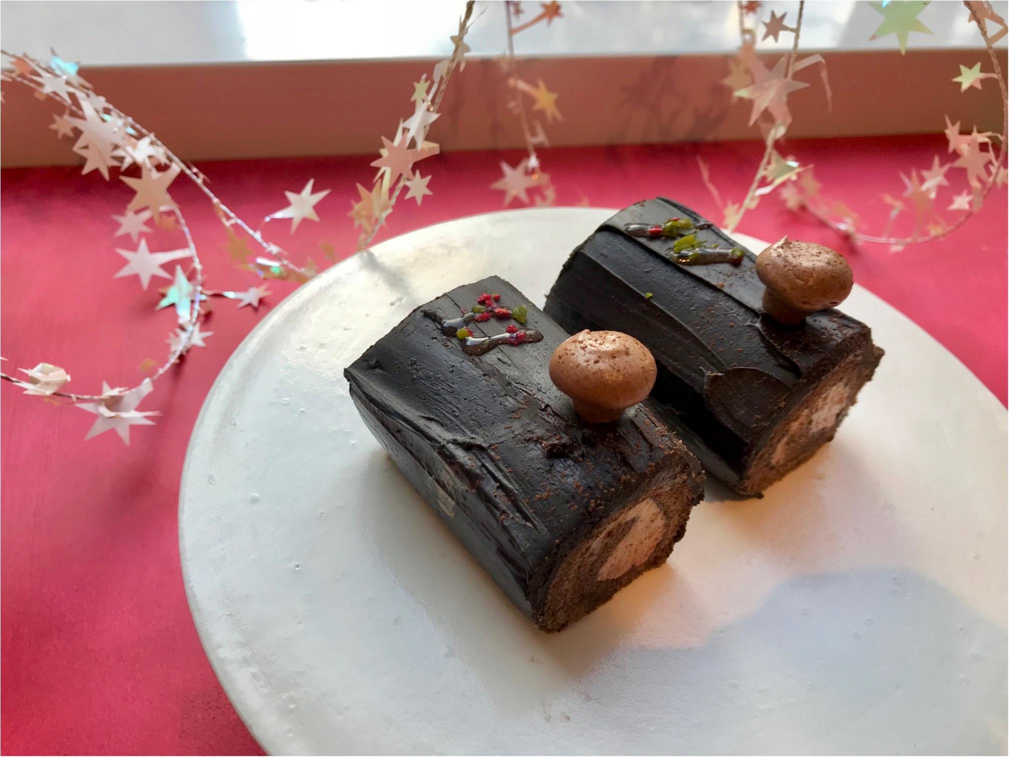 スタバ【新作試飲レポ】! 「クリスマス ストロベリー ケーキ フラペチーノ」他で、高まるクリスマス気分♡_6