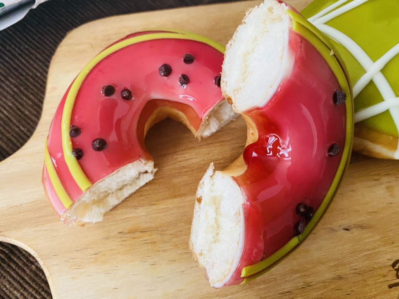 【クリスピー・クリーム・ドーナツ】まるでスイカとメロン♡初夏限定ドーナツが可愛すぎる!_3