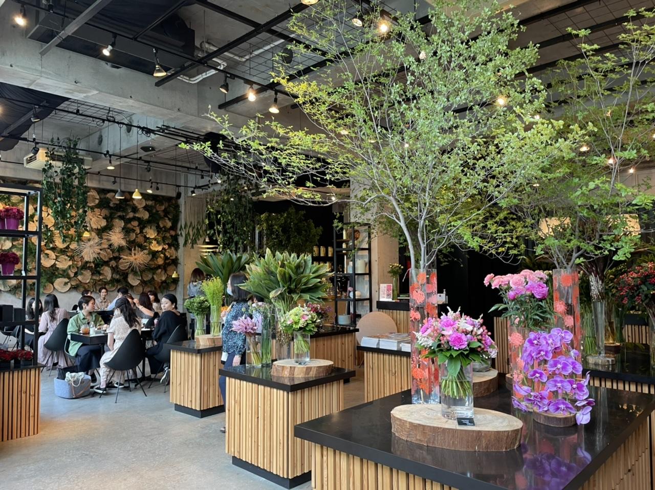花に囲まれた超ハイセンスカフェ『Nicolai Bergmann Nomu』が最高すぎる_2