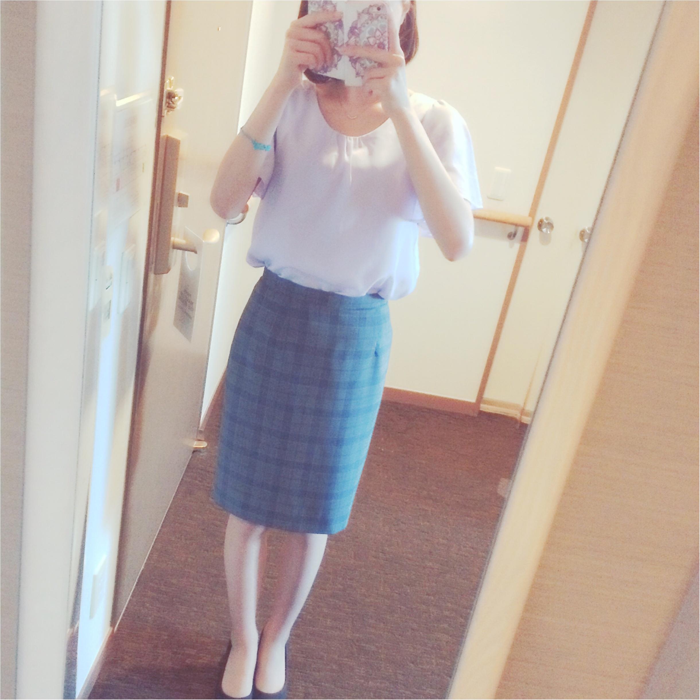 ★スーツでも柔らかい雰囲気に⁉︎淡色スーツコーデ★_7