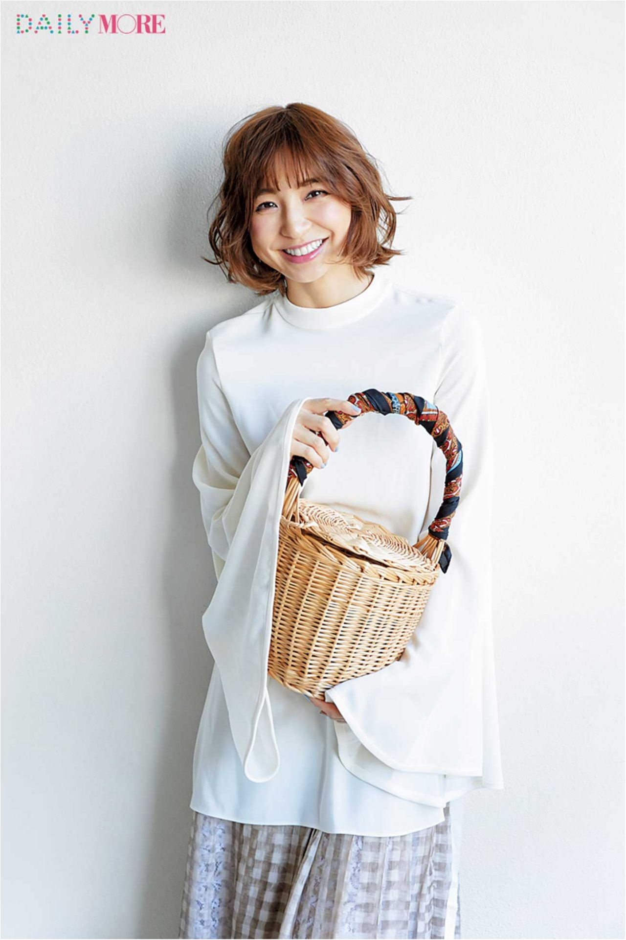 篠田麻里子、佐藤栞里、逢沢りなが私物大公開! おしゃれと美の秘訣が詰まったMOREモデルズのバッグの中身♡_3