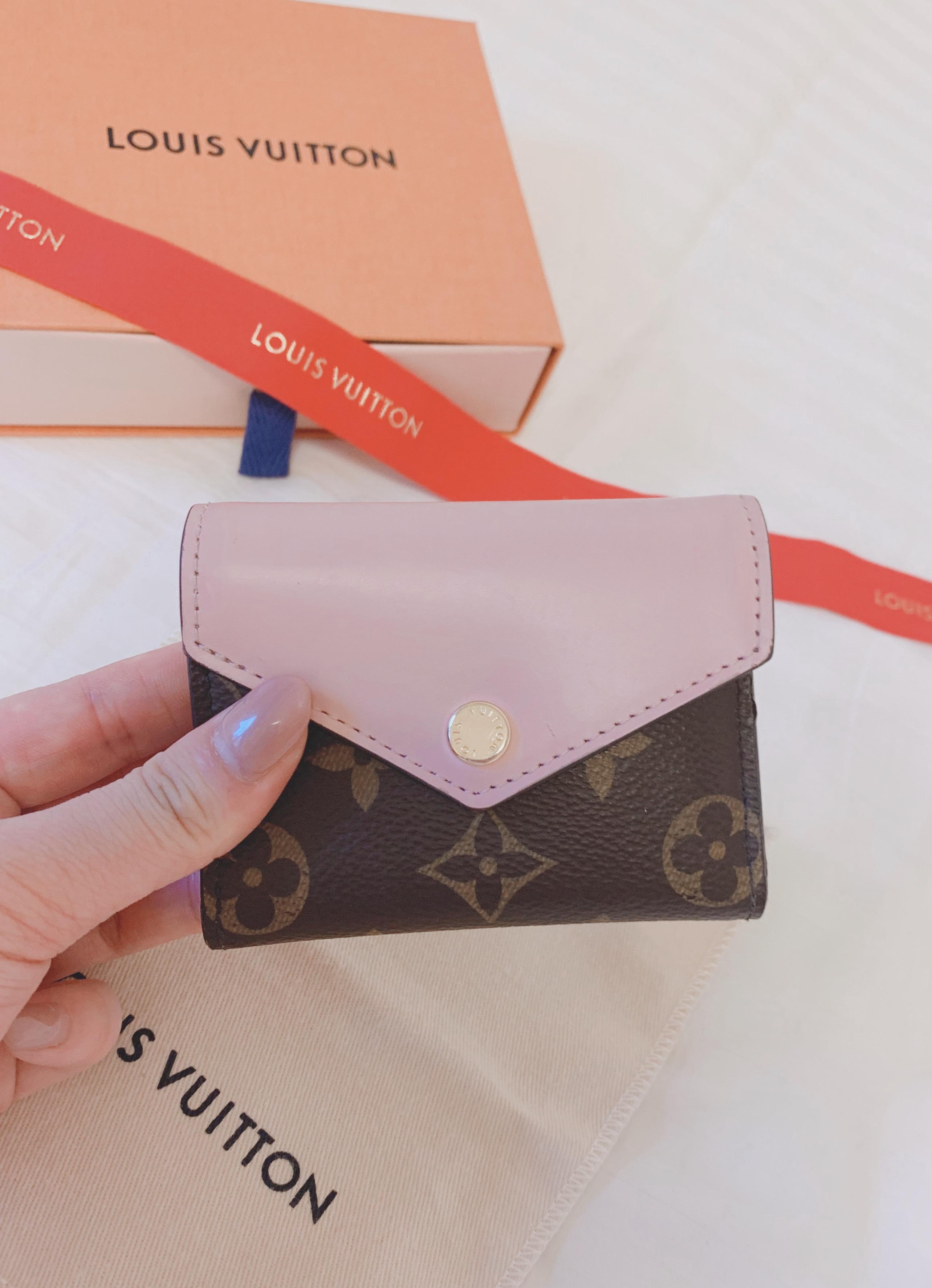 【20代女子の愛用財布】LOUIS VUITTONミニ財布♡_2