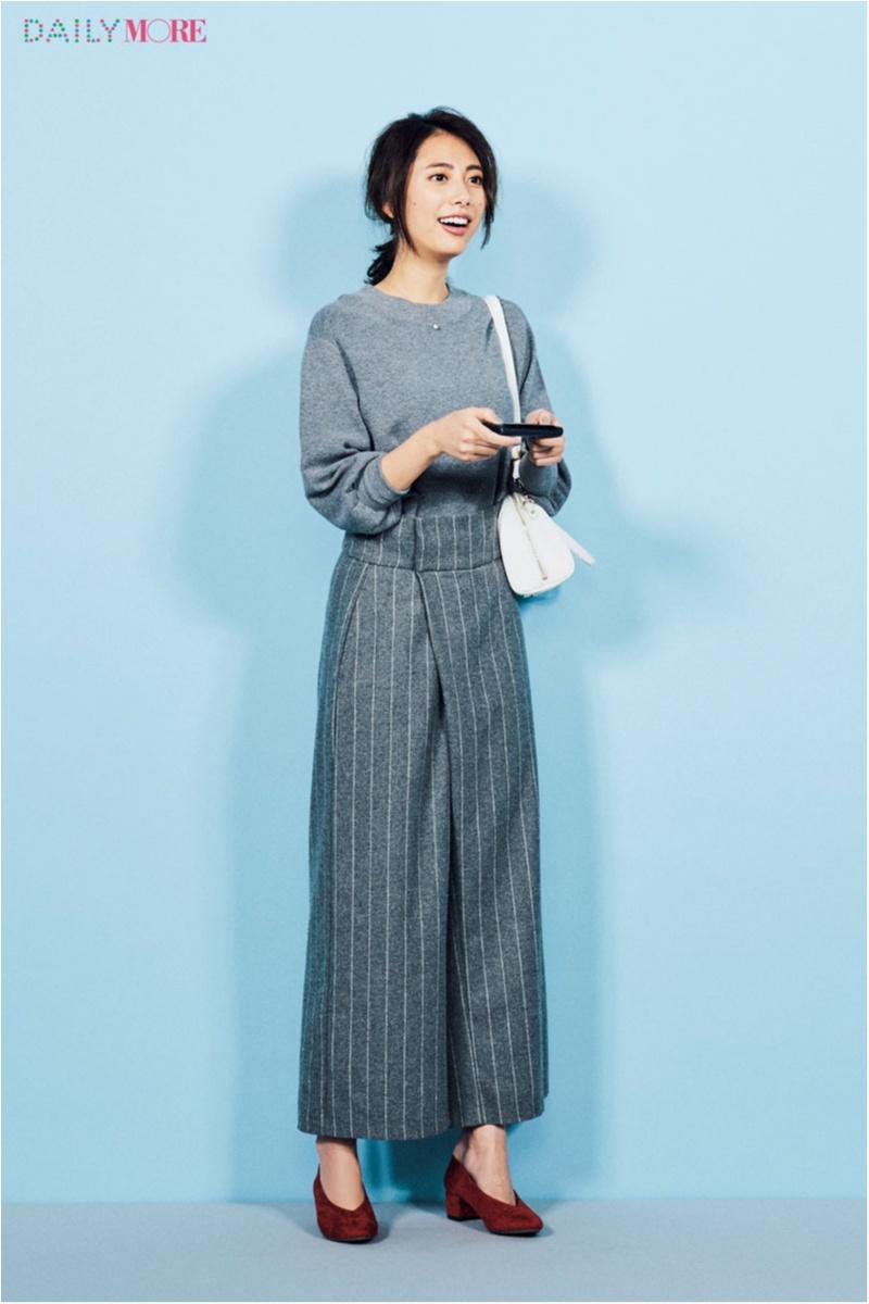 【今日のコーデ/土屋巴瑞季】きちんと見せたい日のパンツは、ストライプ&ラップデザインで差をつけて!_1