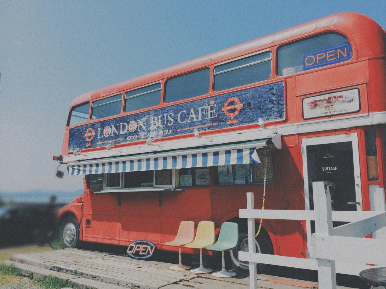 ロンドンバスのカフェ