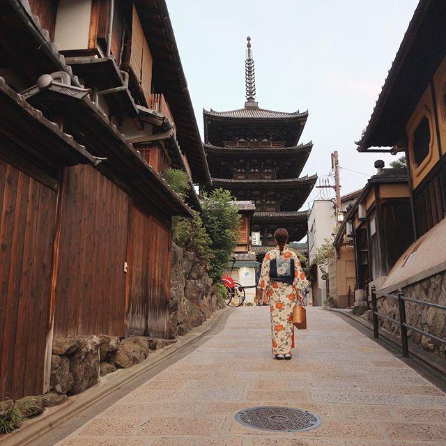 Premiumインフルエンサーズのインスタ拝見! 荒川奈津美さんは、「てくてく京都」のレンタル着物で紅葉シーズンの街を散策♡_1