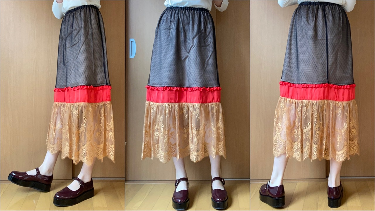 GU×UNDERCOVERのコンビネーションスカート着用画像