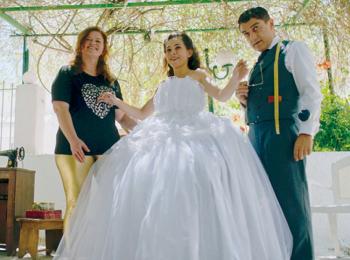 オーダーメイドのウェディングドレス作りに挑戦するギリシャ映画『テーラー 人生の仕立て屋』