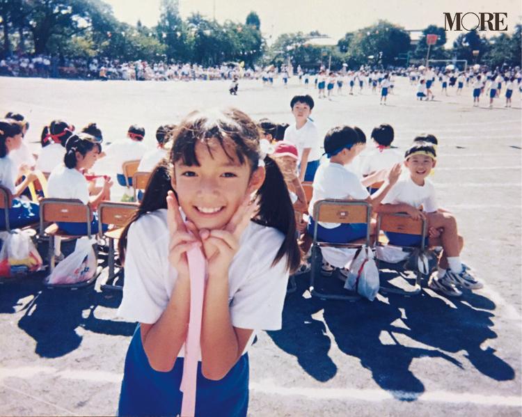 佐藤栞里、人生最大のモテ期は小学校? 可愛すぎるツインテールショットに癒されちゃって♡_2
