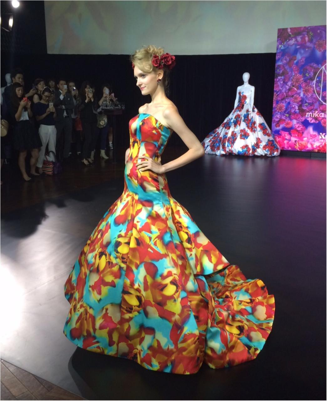 蜷川実花さんの世界をウェディングにも! 美しすぎるドレスにうっとり♡_3