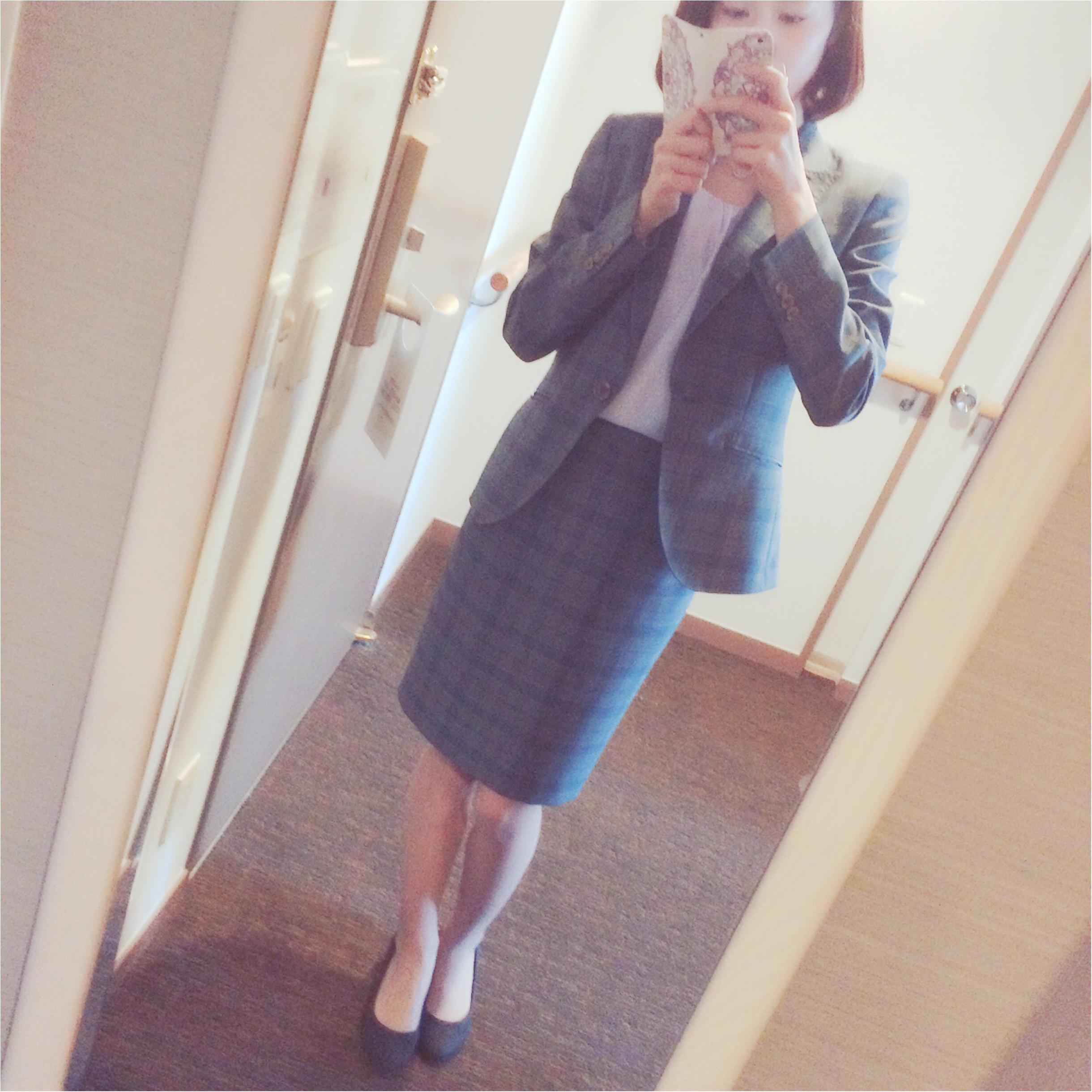 ★スーツでも柔らかい雰囲気に⁉︎淡色スーツコーデ★_1