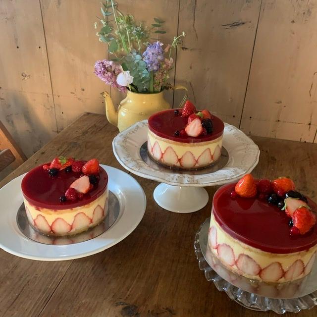 イチゴのケーキ「フレジェ」を手作り