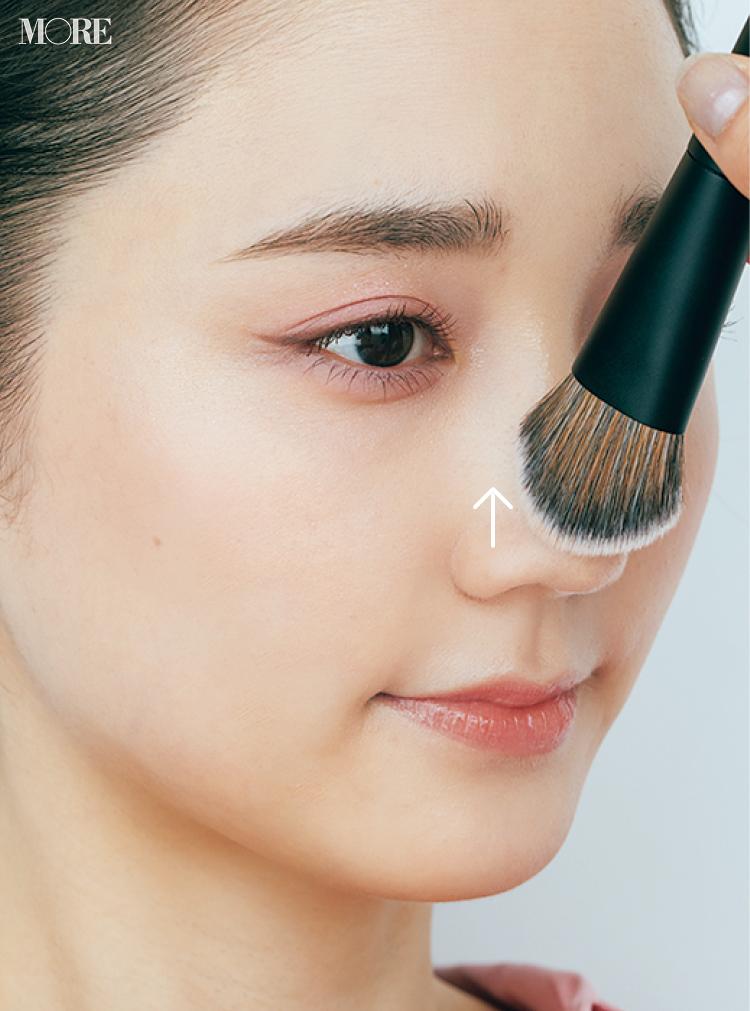 ブラシの「開き毛穴 パテ塗り」の方法