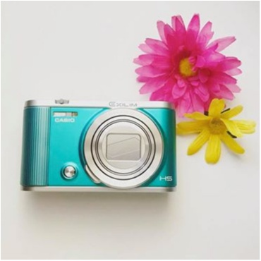 オシャレで綺麗な写真を手軽にSNSにアップできる!~CASIO EX-ZR1800_1
