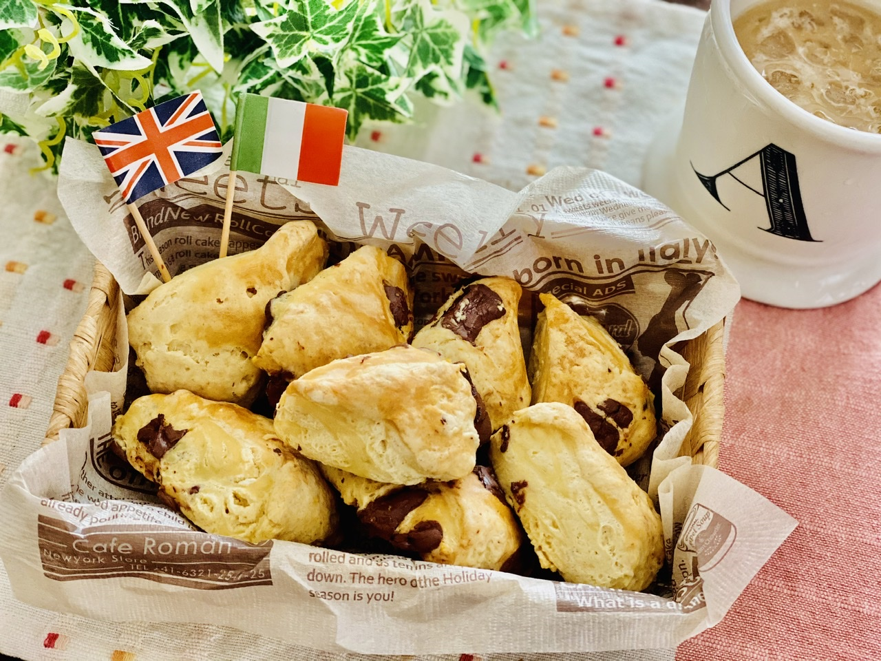 【おうちカフェ】超簡単なのに絶品★ホットケーキミックスでつくる人気レシピを実践♡-チョコチャンクスコーン-_1
