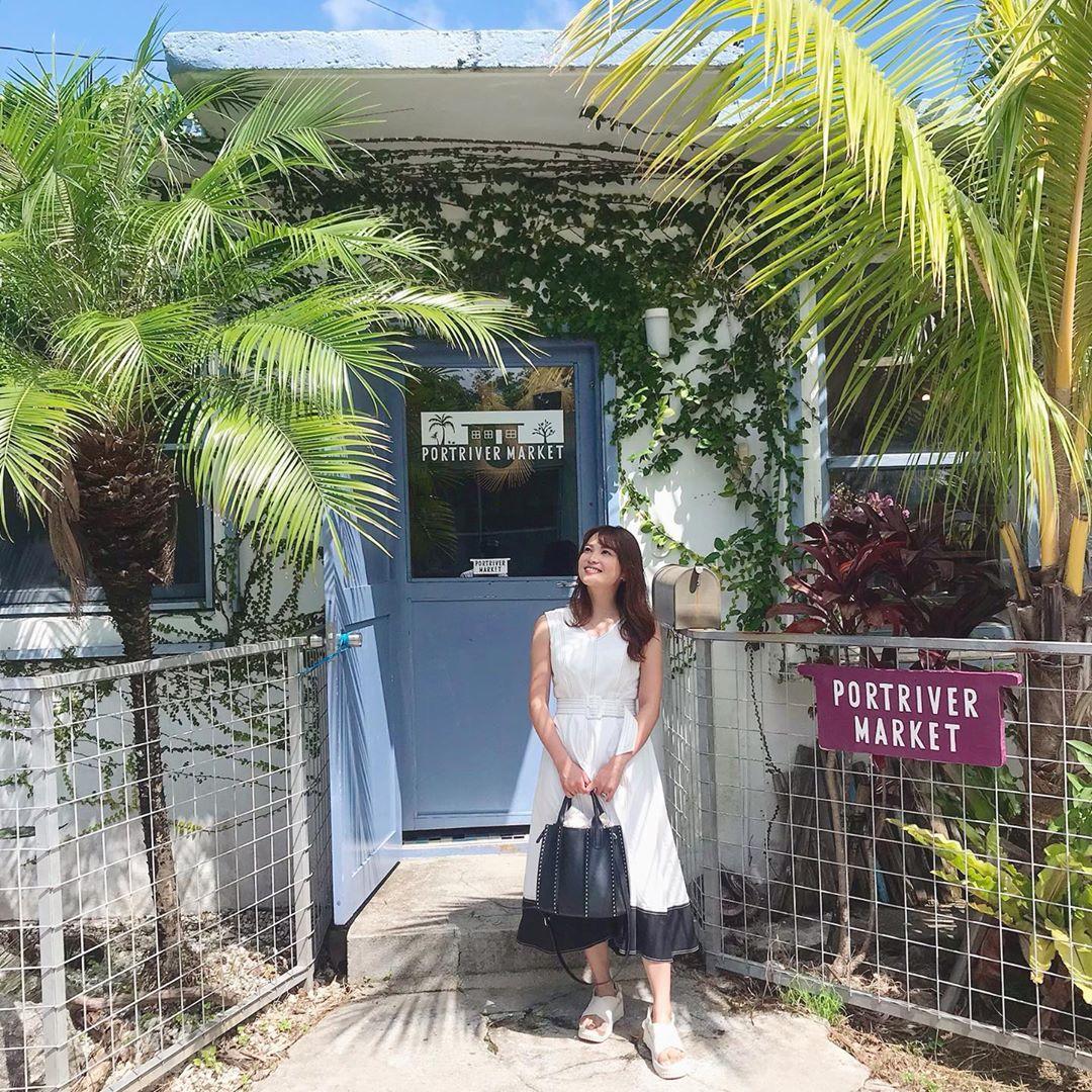 Premiumインフルエンサーズのインスタ拝見! 中山柚希さんが、沖縄「港川外人住宅街」での1枚をシェア_1
