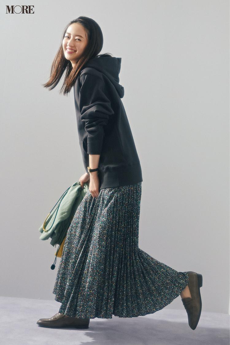 【今日のコーデ】<逢沢りな>4年に一度の2月29日。休日カジュアルを高めてくれる小花柄スカートでハッピーに!_1
