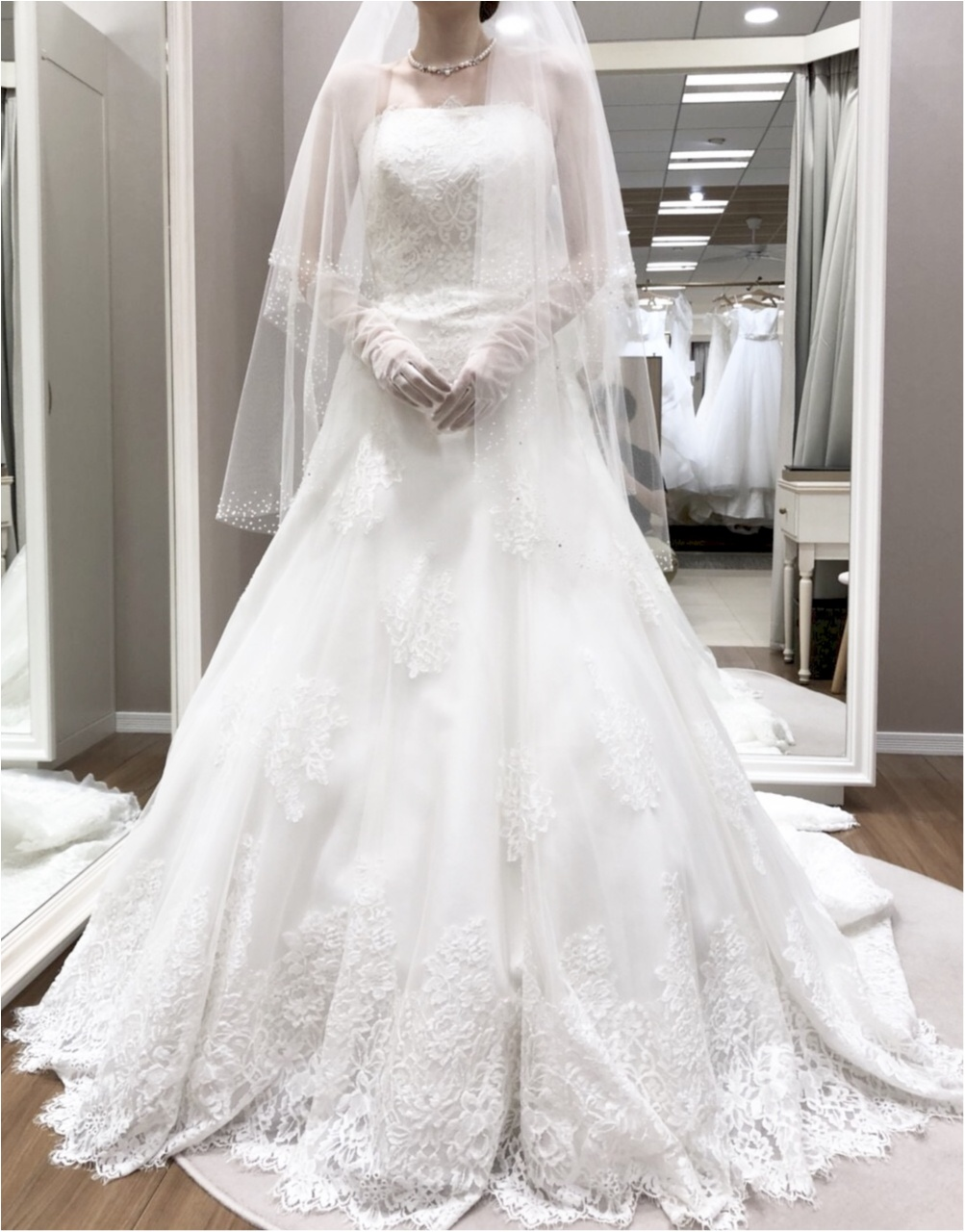 卒花さんに聞く【ドレス特集】-  結婚式・二次会におすすめ! プレ花嫁さんに人気のおしゃれなウェディングドレスは?_40