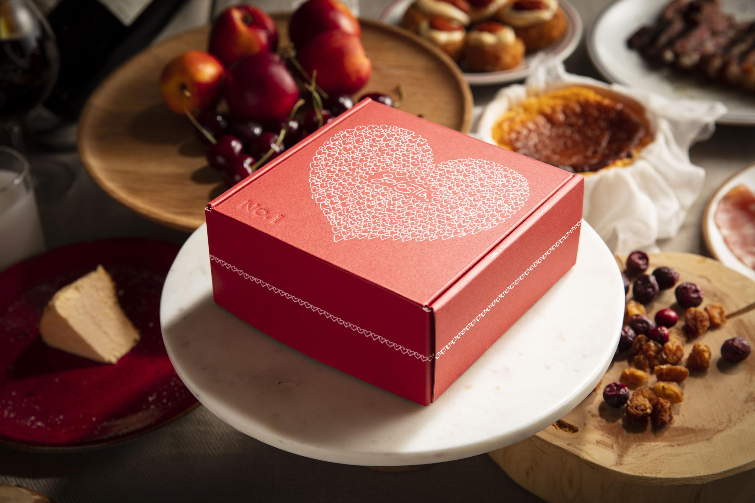 「No.1 CHEESECAKE」にスペシャルパッケージが限定登場♡ 絶品チーズケーキのおいしさに魅せられて_1