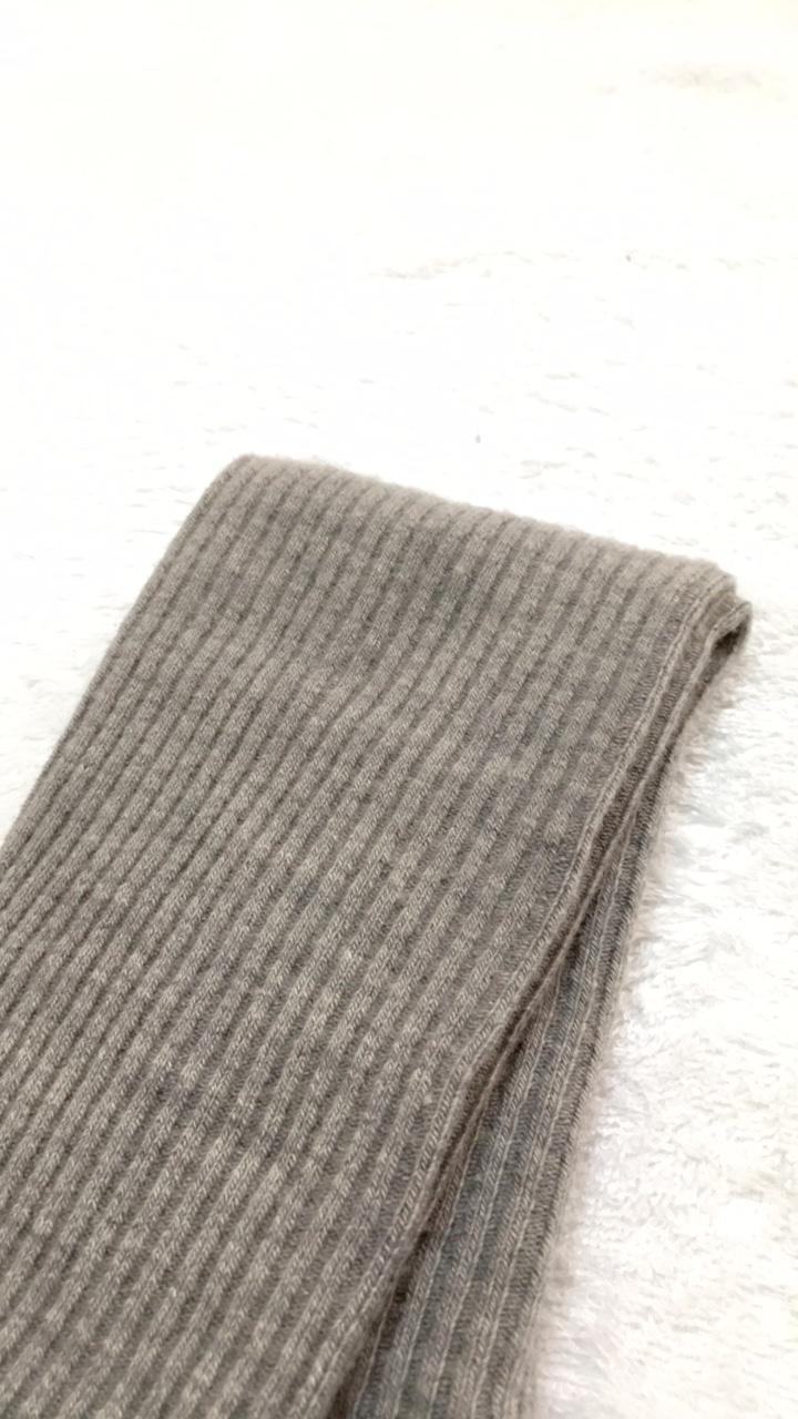 【UNIQLO】冬にかかせないヒートテックニットタイツ(リブ)_2