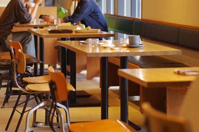 マッチングアプリの衝撃エピソード、カフェでのイメージ画像