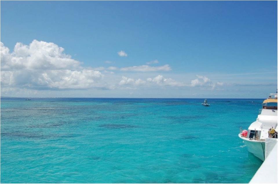 在住歴2年のわたしがオススメする沖縄の魅力♡地元民しか知らない絶景の海★_1