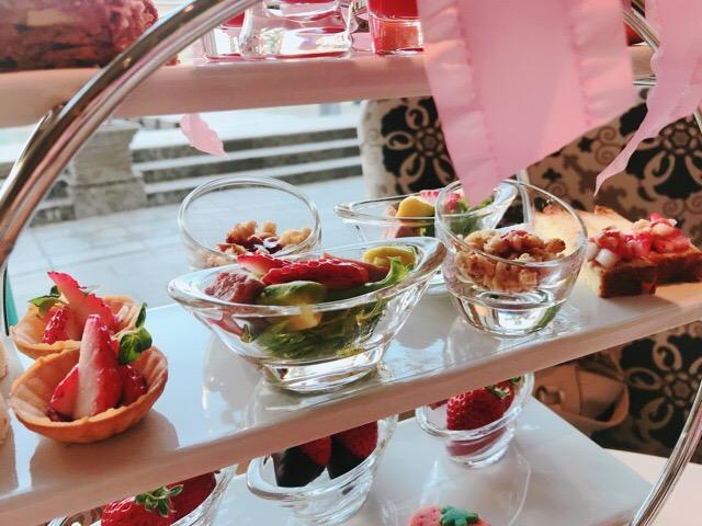 【ラ・スイート神戸ハーバーランド】ストロベリーアフタヌーンティーの苺と薔薇のコラボが可愛すぎる♡♡_8