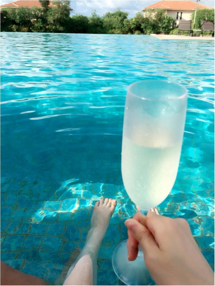 ラグーンプールで乾杯♡スパークリングワイン♪_2