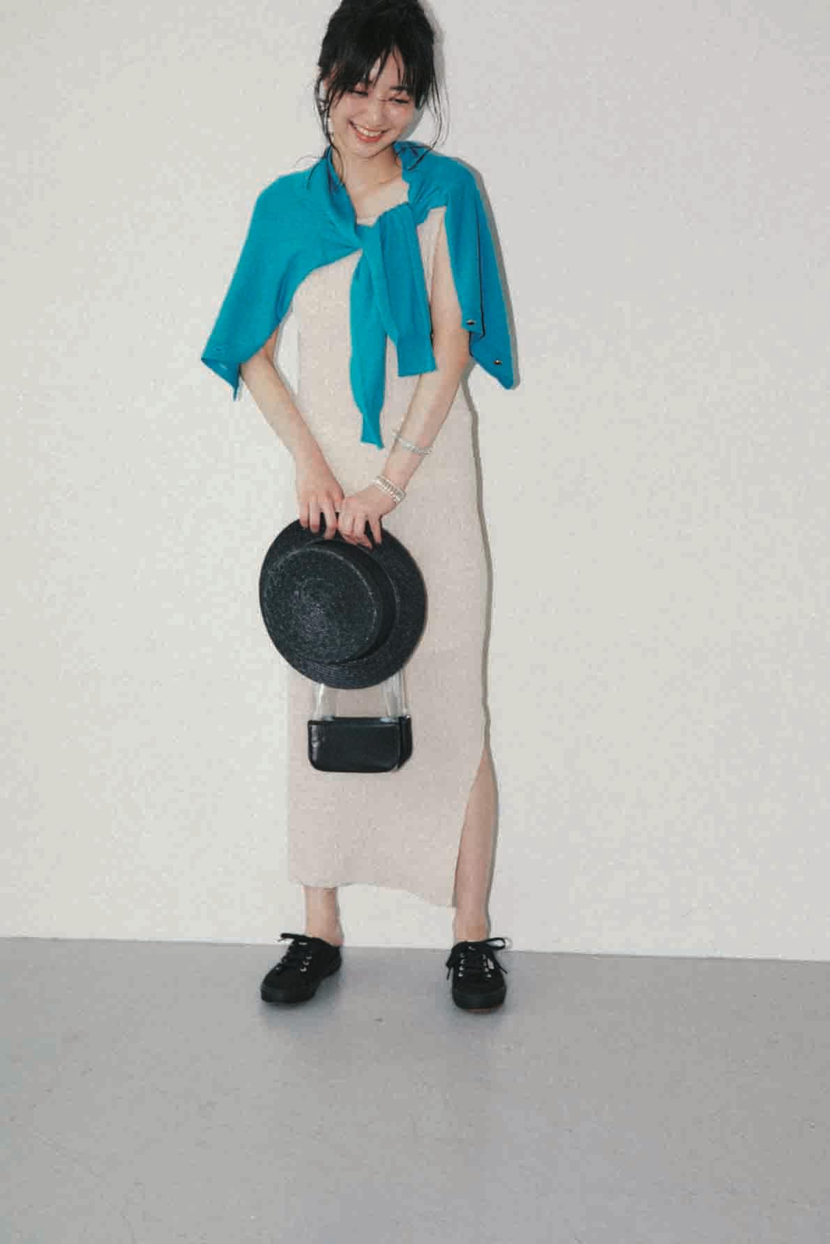 華やかさ、こなれ感が叶う【真夏のベージュ】コーデ15選   ファッション_1_4