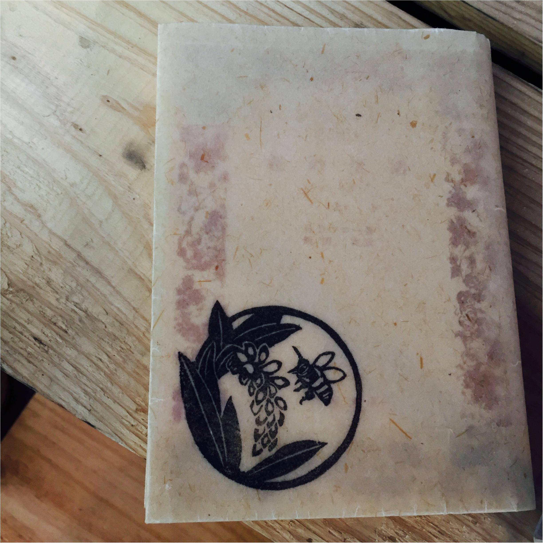 …ஐ 沖縄やんばるに住むハチから生まれたミツロウが、最高のオーガニックビューティ ஐ¨_3
