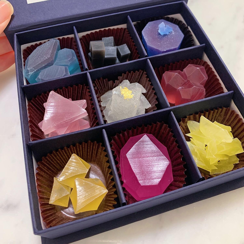 まるで宝石のような美しさ!輝く和菓子『こうぶつヲカシ』に注目!_1