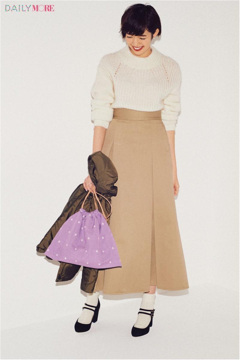 【今日のコーデ/佐藤栞里】マキシスカートにインするだけ。白のざっくりニットでも着膨れしない最強バランス!_1