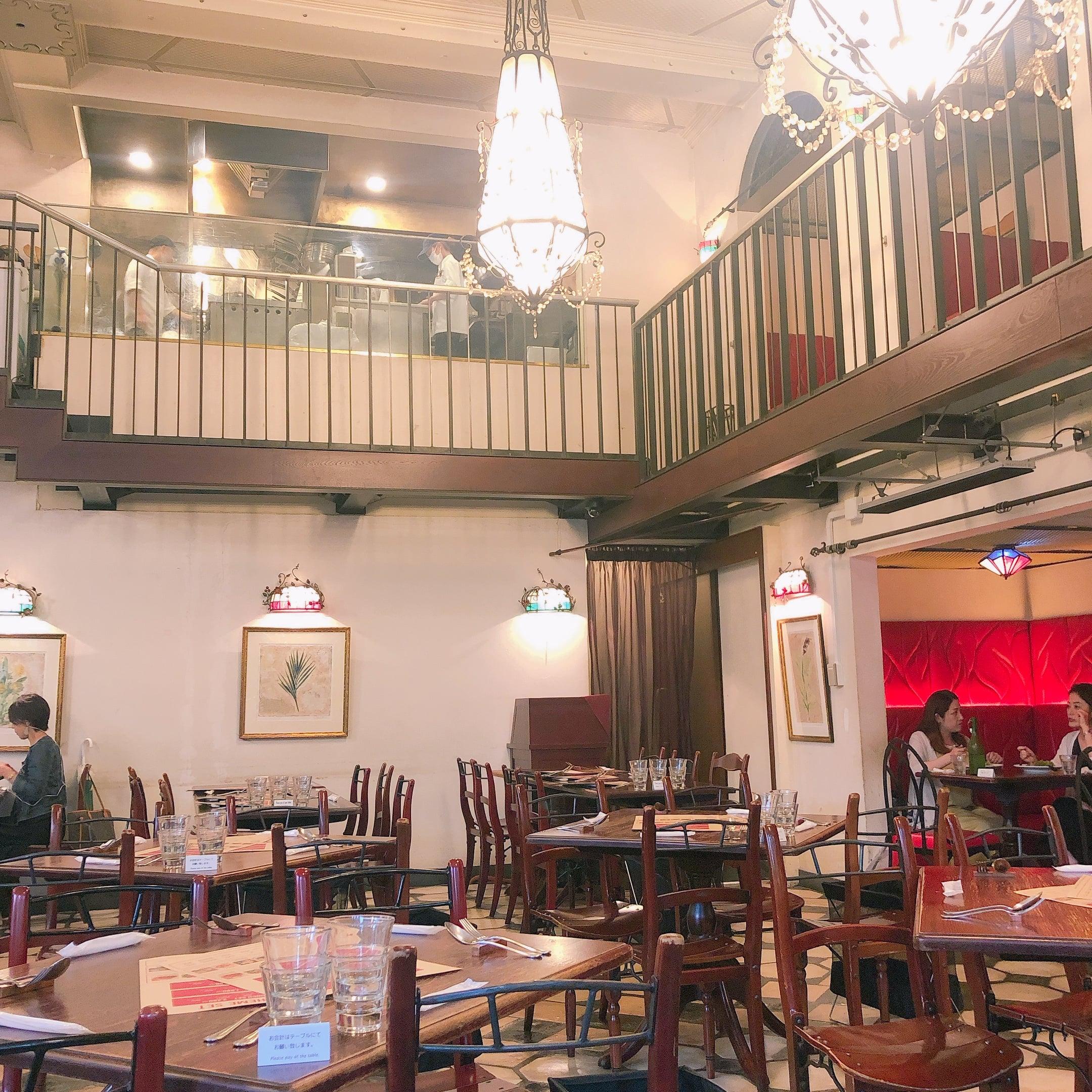 【カフェ ラ・ボエム 新宿御苑】お買い物の休憩に立ち寄りたい。緑に囲まれた、ゆったりカフェ。_1