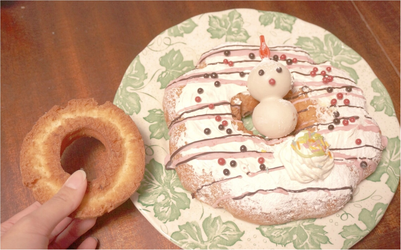 """《ミスドのクリスマス♪》みんなでシェアできる直径18㎝の""""ビッグドーナッツ""""がボリューミーで可愛い♡_3"""
