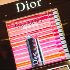 Dior アディクトラッカースティック♡♡♡新感覚のフォンダンリップ!?発色の良さと塗り心地が最高♡☺︎