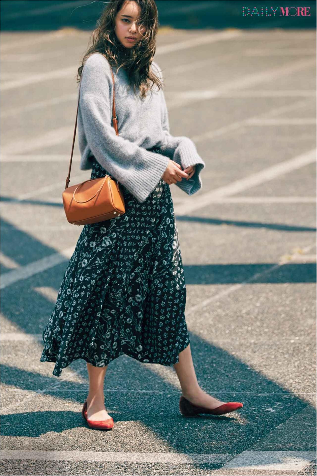 【今日のコーデ/岸本セシル】around27歳のための花柄スカート、こなれたモノトーンで大人っぽ仕上げがいい♡_1