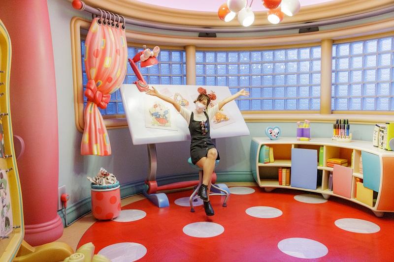 『東京ディズニーランド』初! ミニーマウスに会えるグリーティング施設「ミニーのスタイルスタジオ」が可愛すぎる件♡ _7