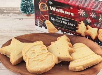 『カルディコーヒーファーム』でクリスマスのお菓子探し! かわいくてプチギフトにもおすすめな6選