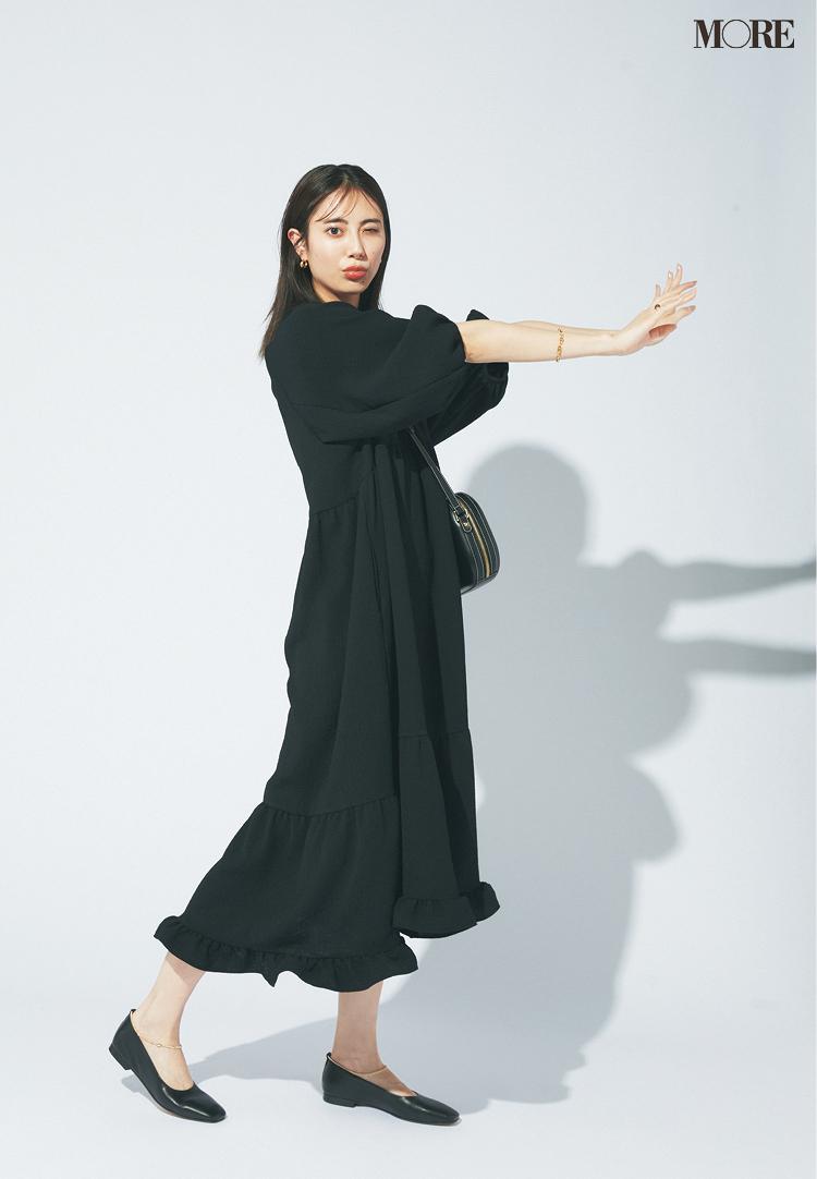 【ワンピースコーデ】黒のティアードワンピを一枚で着るパリジェンヌコーデ
