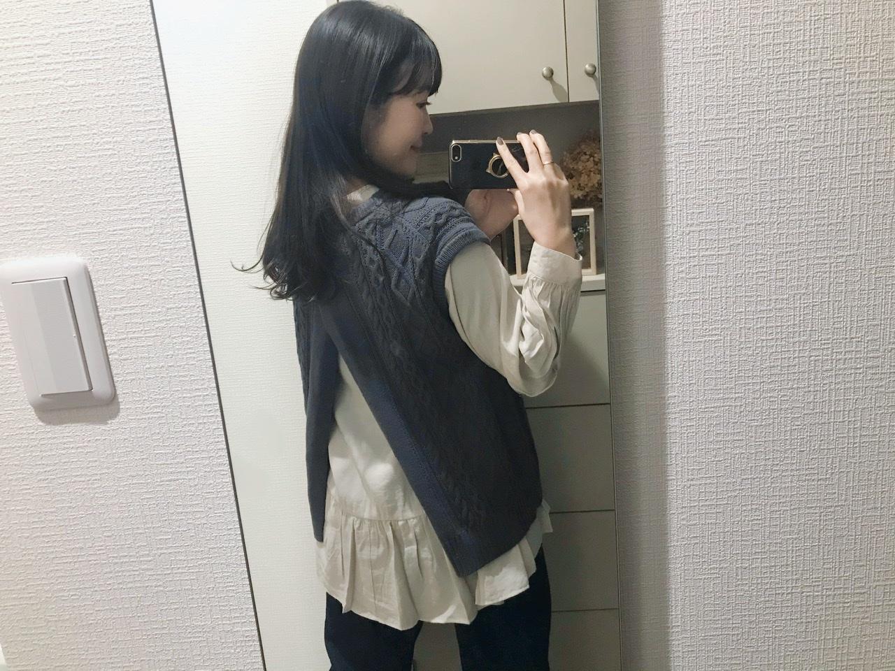 【GU】春の新作が可愛い!フリルシャツとニットベストのおすすめレイヤードコーデ✌︎♩_6