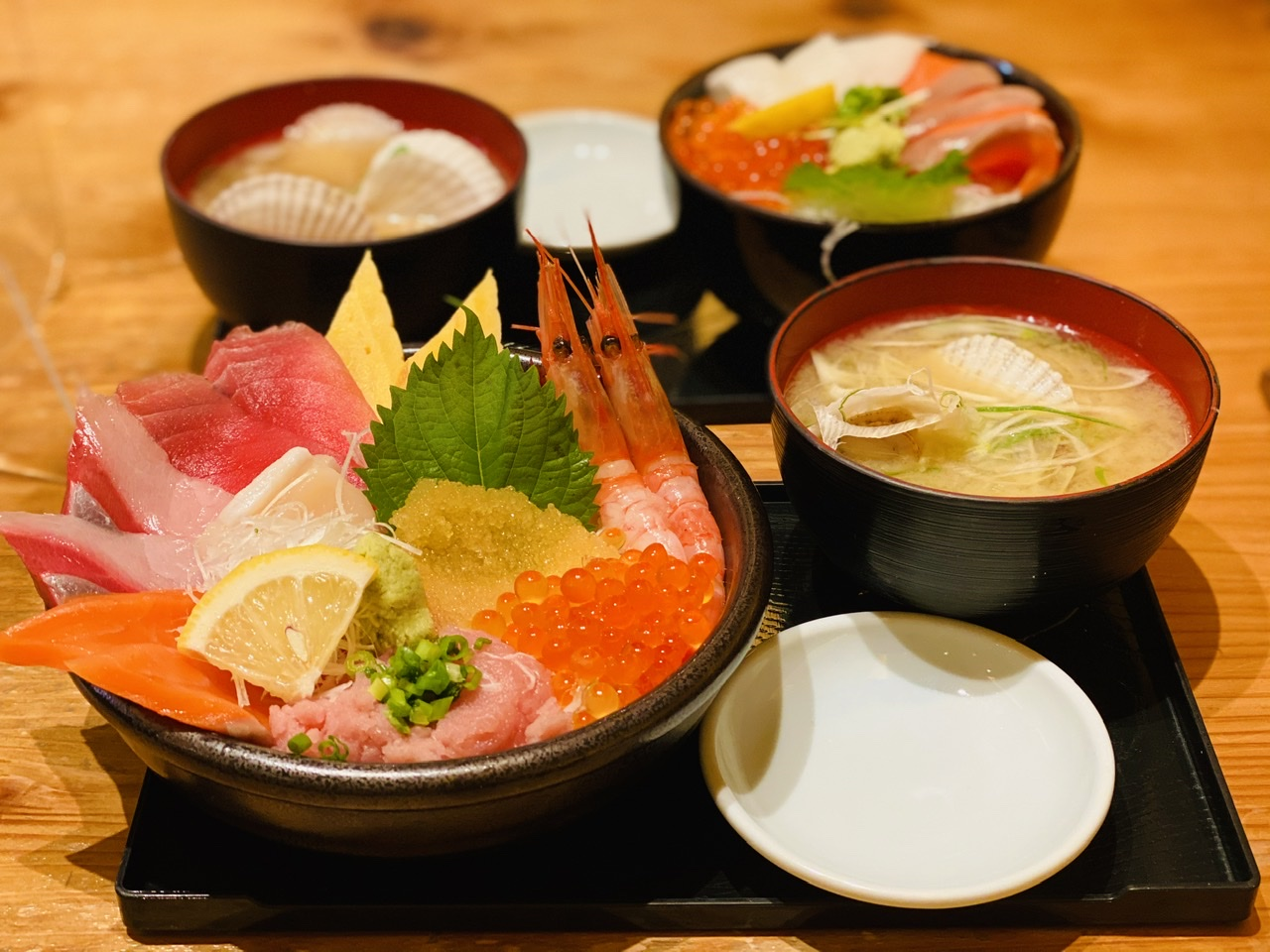 【新千歳空港グルメ】本場の海鮮丼を食べるならココ!鮮魚店直営《どんぶり茶屋》★_6